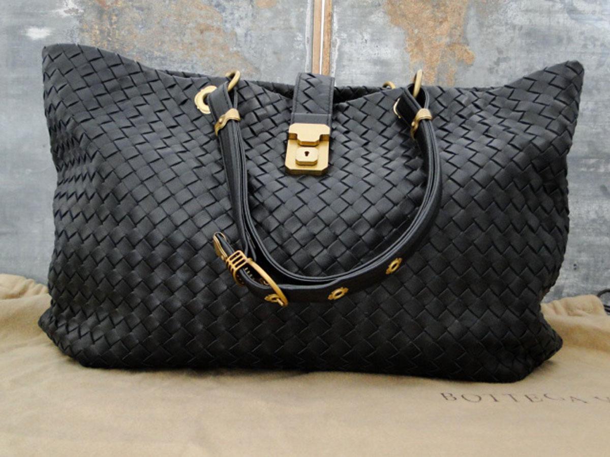 Купить черные сумки Bottega Veneta: каталог интернет