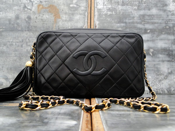 5f86641268d6c2 Chanel Vintage Black Classic Camera Bag Tassel