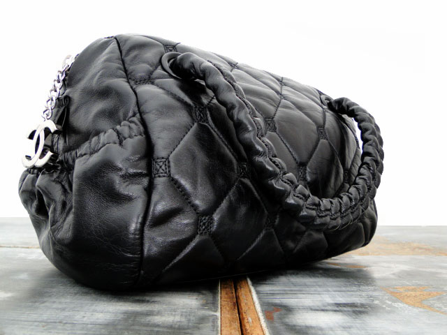 Black Quilted Lambskin HIDDEN CHAIN Small Bowler Tote Bag : chanel quilted tote bag price - Adamdwight.com