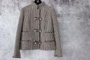 Chanel 2015 16 Brown Beige Wool Jacket Size 40