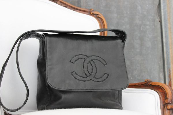 Chanel Black Vintage Smooth Leather Small Flap Bag