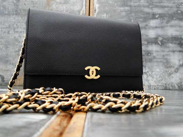 0ff883557c82 Chanel Vintage WOC Wallet On Chain Black Caviar