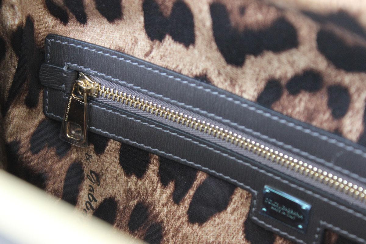 d9af727124 Dolce   Gabbana Medium Agata Shoulder bag at Jill s Consignment