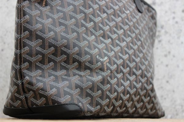 What Is Leather Made Of >> Goyard ARTOIS Bag Black