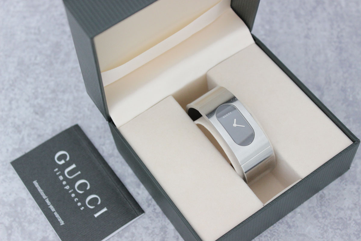 cfad02002b3 Gucci 2400L Stainless Steel Watch at Jill s Consignment
