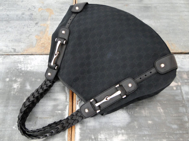 5ba806c75d0eb4 Gucci Pelham Canvas Medium Shoulder Bag