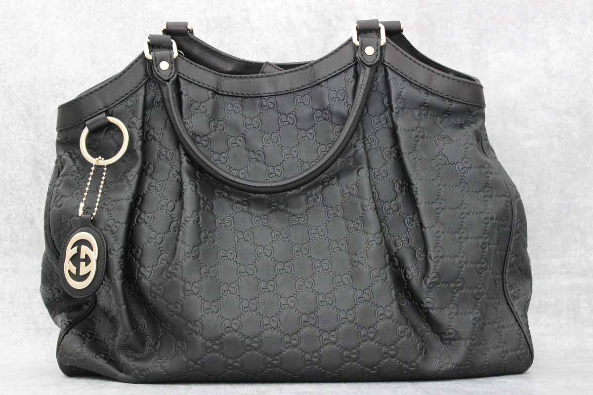 1632564a9bd6 Gucci Black Guccissima Leather Large Sukey Bag at Jill's Consignment