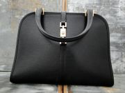 Gucci Black Leather Vintage Piston Closure Day Bag