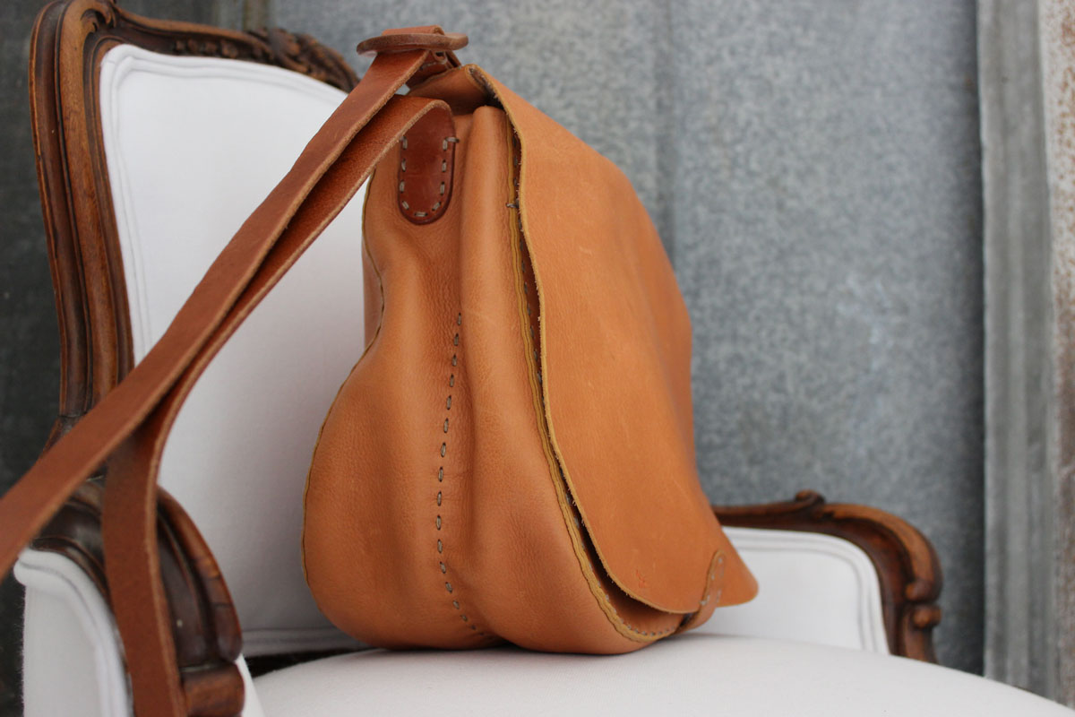 Henry Cuir Natural Tanned Leather Saddle Crossbody Bag Tap To Expand
