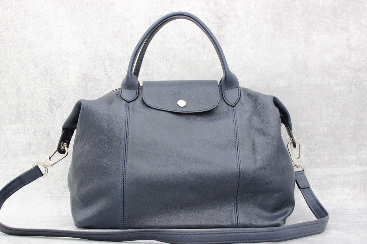 6104c03bb55 Longchamp Le Pliage Cuir Navy Blue Leather Bag at Jill's Consignment