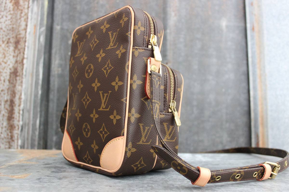 6df9c86bfd91 Louis Vuitton AMAZONE Monogram Canvas Crossbody Bag. Tap to expand