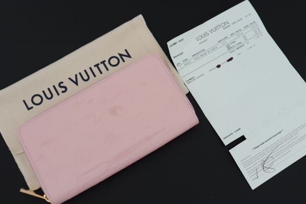 Louis Vuitton Monogram Vernis Zippy Wallet Cerise