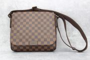 Louis Vuitton Damier Ebene District PM