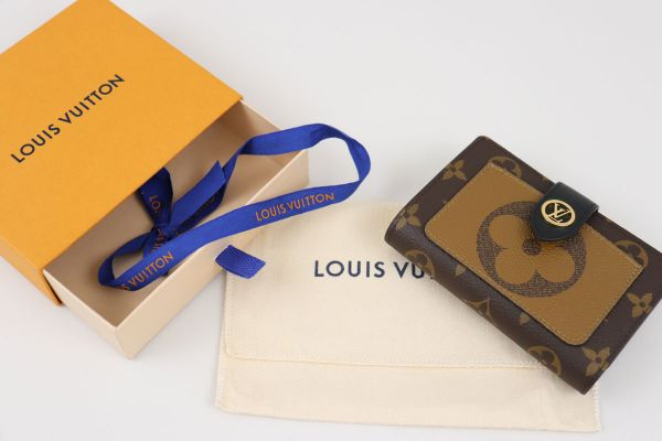 Louis Vuitton Reverse Monogram Juliette Wallet