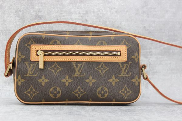 Louis Vuitton Monogram Canvas Pochette Cite