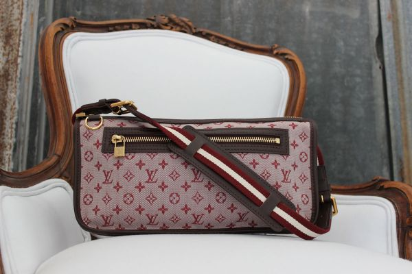 Louis Vuitton Monogram Mini Kathleen Pochette