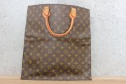 Louis Vuitton Vintage Monogram Canvas SAC PLAT Tote Bag