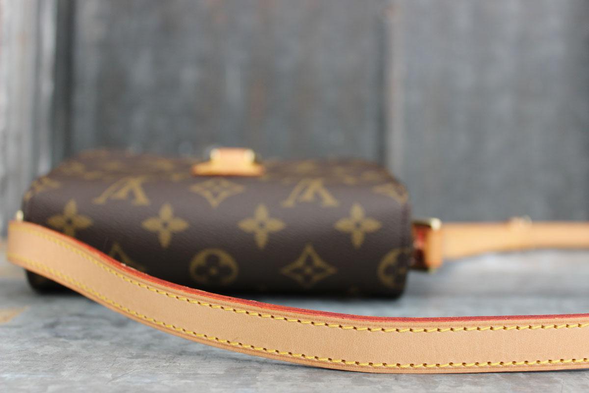 96fc092f0a12 Louis Vuitton Monogram Canvas SAINT CLOUD Shoulder Bag. Tap to expand