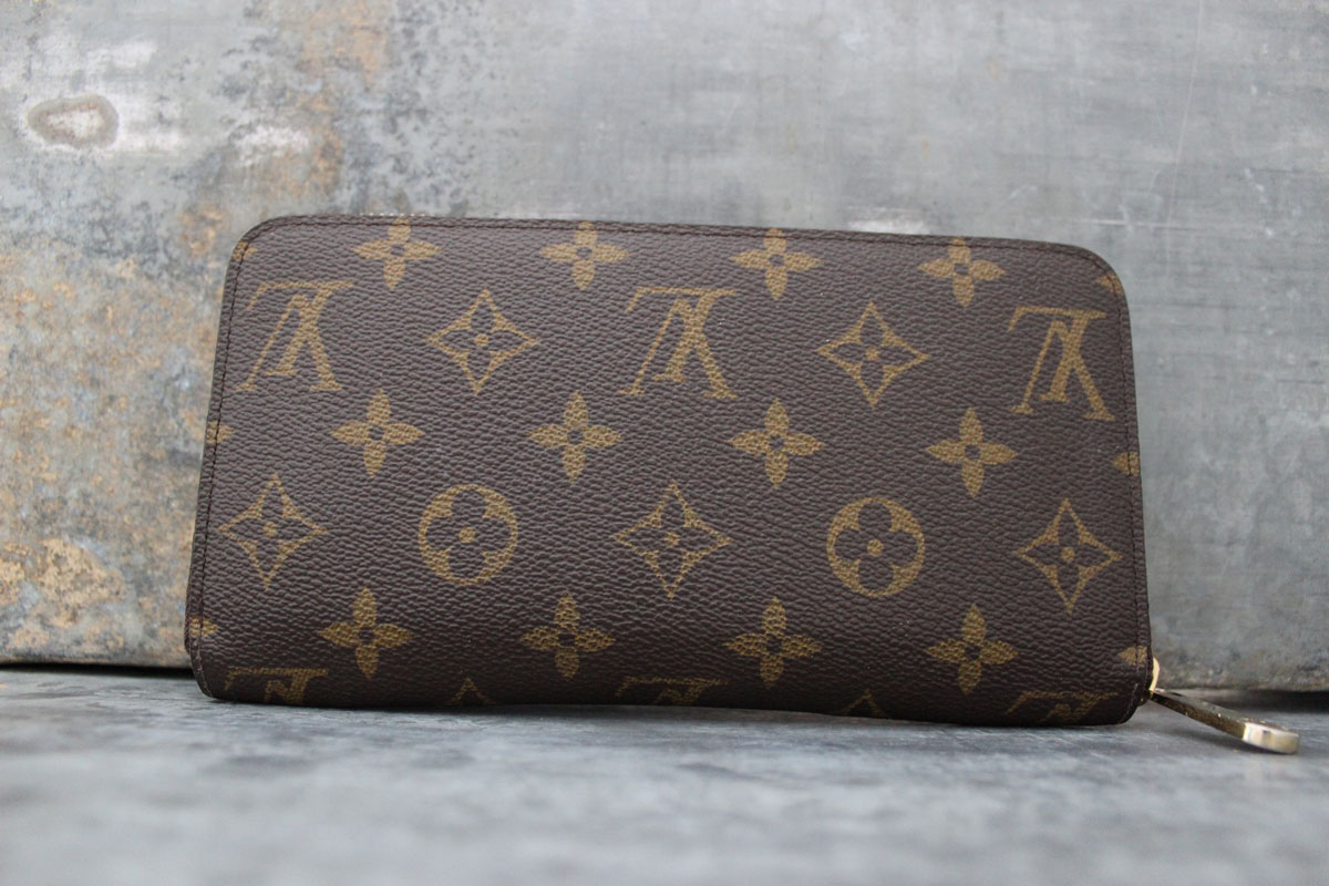 Louis Vuitton M61360 Zippy Wallet Evasion Monogram Canvas