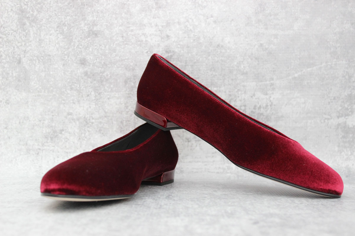3bfe942f059 Stuart Weitzman Ruby Velvet Ballet Flats at Jill's Consignment
